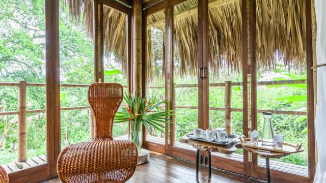 What a $100 Airbnb Looks Like Around the World