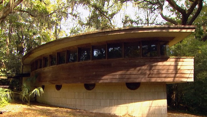 A Frank Lloyd Wright House Is One Of America's Most Endangered Historic Places