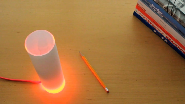 Let This Lamp Automatically Tell Your Coworkers Where You Are