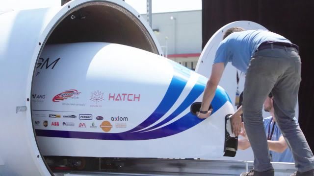 Inside SpaceX's Hyperloop Pod Building Competition