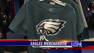 Eagles gear selling quickly, but fans will have to wait for official Carson gear