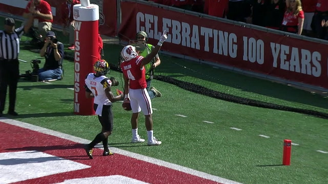 Wisconsin's Alex Hornibrook connects with A.J. Taylor for his second touchdown pass of the day