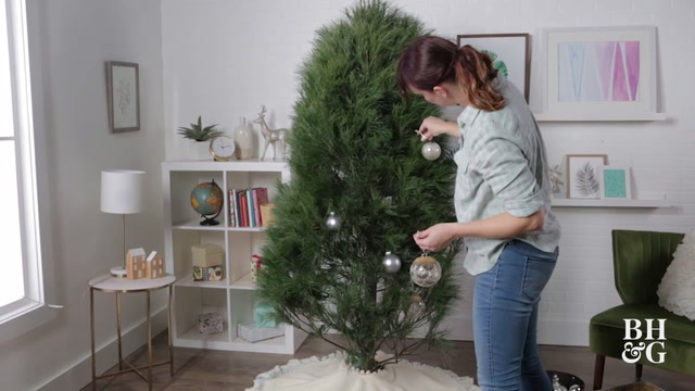 Caring for a Cut Christmas Tree