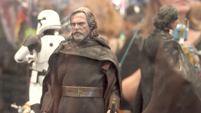 New Hot Toys Show Off Luke's Newest Costume - IGN Access