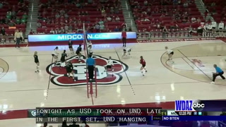 UND falls to USD in four sets