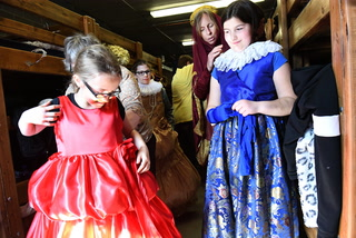 Lowell Third Graders Celebrate History at Castle