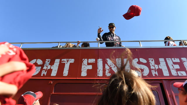 Nationals kick off World Series victory parade in D.C.