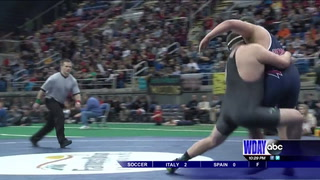 West Fargo 2-time state wrestling champ to wrestle, play football at NDSU