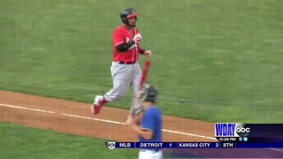 RedHawks rally for 4th straight win