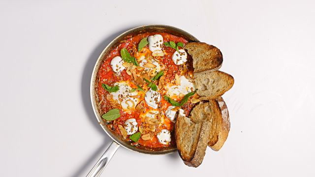 30-Minute Shakshuka with Shawarma Spices