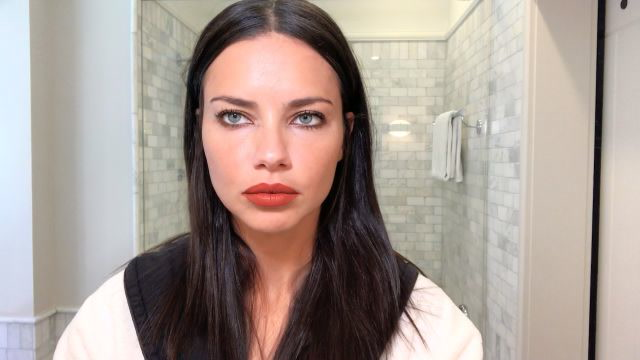 How Adriana Lima Gets Ready for a Night Out