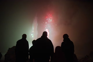 Spicer Winter Fest Lighting Ceremony & Fireworks at Saulsbury Beach