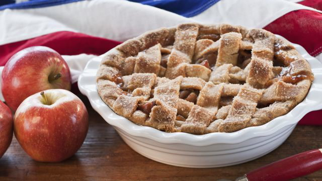 How Apple Pie Became an American Icon