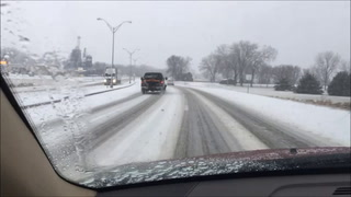 Rain and snow combined for slippery driving conditions this morning on North Business 71 in Willmar. TRIBUNE Photo