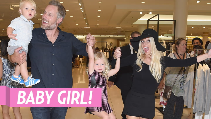 Jessica Simpson's Sister Ashlee and Mom Tina React After She Gives Birth to Daughter Birdie