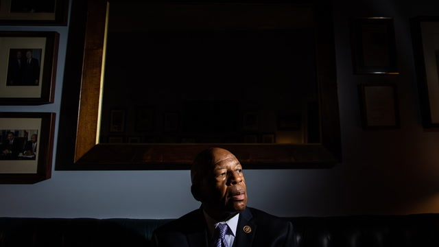 'He was a voice for justice': Colleagues pay tribute to Rep. Cummings