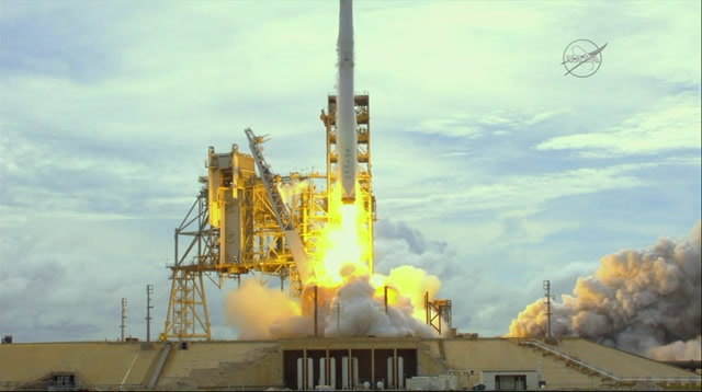 Space Station Welcomes Space X Dragon Shipment