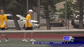 South tennis cruises past Sheyenne